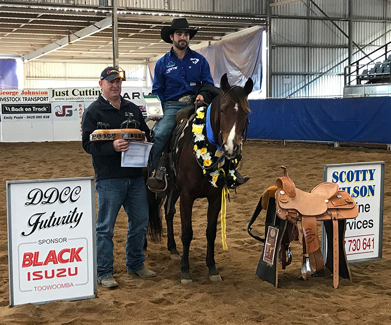 2019 DDCC Open Futurity Champions Hugh Miles & Oakbarn One Time Cat with owner Darrell Jordison.